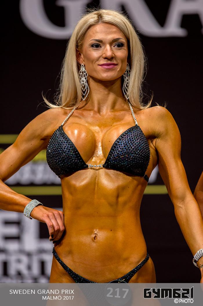 Julie ann bikini - 3 part 2
